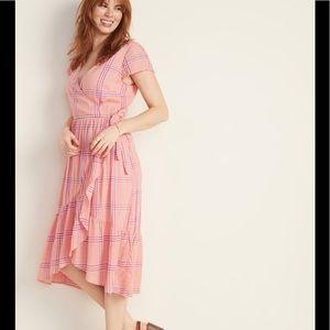 Women's Midi Dress- Very Flattering